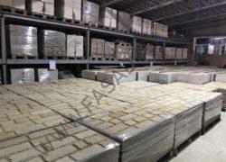 Обработанная плитка на складе