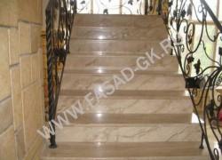 Лестница из мрамора Дайна Реале