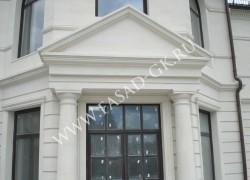 Отделка фасада белым камнем - дагестанским известняком