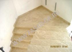 Лестница из мрамора Ботичино